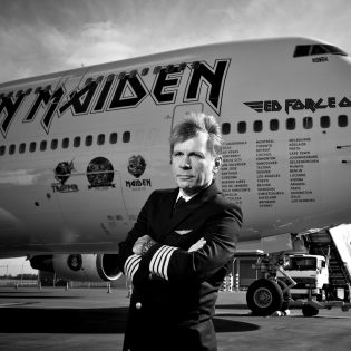 Iron Maiden -legenda Bruce Dickinson saapuu syyskuussa hauskuuttamaan suomalaisia: liput myynnissä nyt