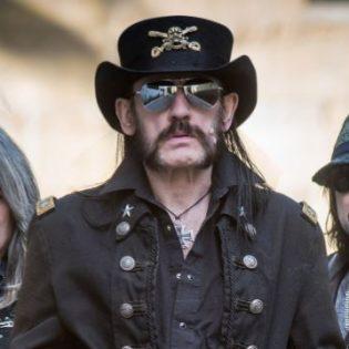 Nyt voit ostaa tuoksukynttilän, joka tuoksuu Motörheadin Lemmy Kilmisteriltä