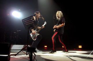 Metallican Robert Trujillo ja Kirk Hammett esittivät Celtic Frost -coverin edesmenneen Martin Eric Ainin kunniaksi