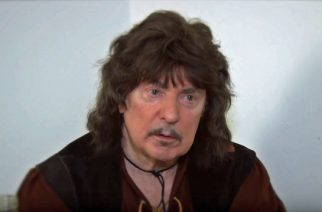 """Ritchie Blackmore: """"Haluaisin soittaa vielä yhden keikan Deep Purplen kanssa fanien vuoksi"""""""