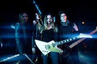 Motörheadin ja AC/DC:n nimiin vannova Thundermother klubikiertueelle Suomeen