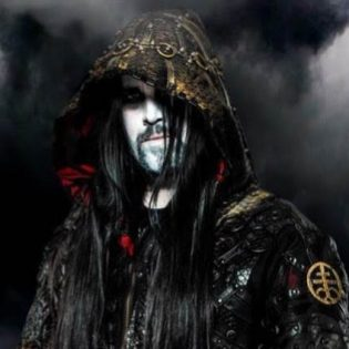 Dimmu Borgir sai uuden basistin Entombed A.D-yhtyeen Victor Brandtista