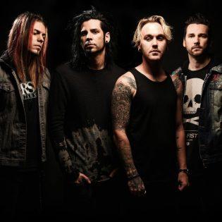 """Hard rock -yhtye Like A Storm julkaisi uuden musiikkivideon kappaleeseen """"Complicated (Stitches & Scars)"""""""