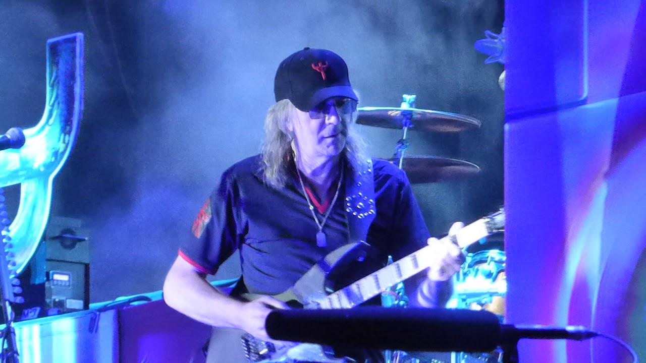 """Judas Priestin kitaristi Glenn Tipton myi pois puolet kappalekataloginsa oikeuksista: sisältää mm. """"Breaking The Law""""- sekä """"Living After Midnight"""" -hitit"""