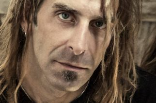 """Lamb Of Godin Randy Blythe: """"Viittomakielen tulkit ovat ehdottomasti tervetulleita keikoillemme"""""""