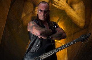 """Venomin entinen kitaristi Jeff """"Mantas"""" Dunn sairaalaan sydänkohtauksen seurauksena"""