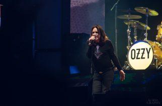 Ozzy Osbourne toiseen leikkaukseen tulehtuneen kätensä vuoksi