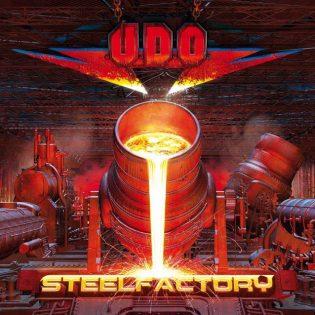 """""""Steelfactory"""" on väkevä muistutus siitä, että U.D.O. on yhtye elämänsä kunnossa"""