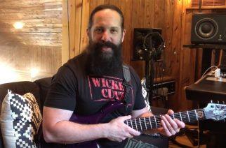 """Dream Theaterin kitaristi John Petrucci yhteistyössä entisen bändikaverinsa Mike Portnoyn kanssa: kuuntele """"Terminal Velocity"""" -kappale musiikkivideon kera"""