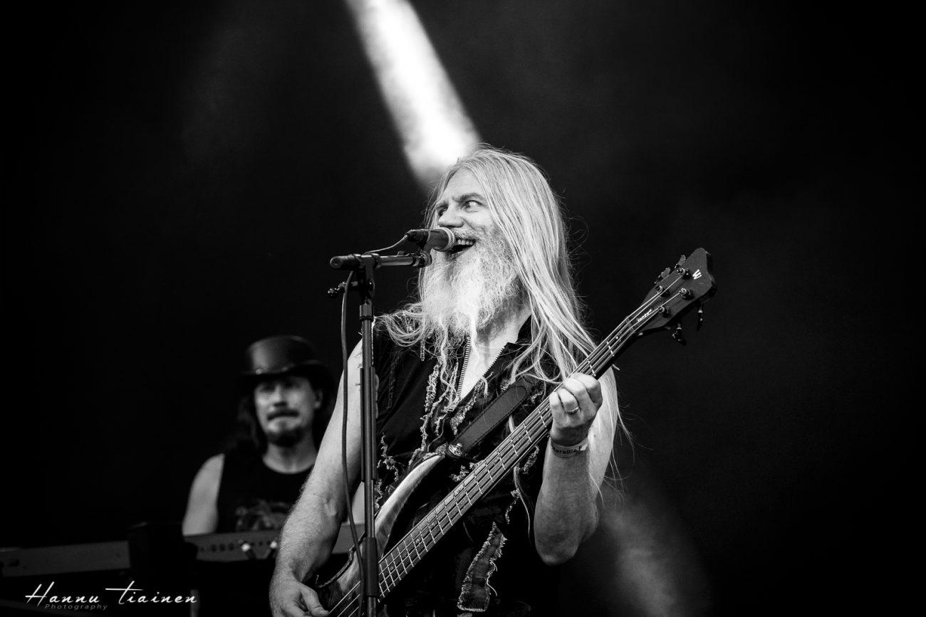Nightwishin uuden basistin henkilöllisyys selviää toukokuun lopussa