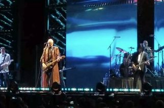 """The Smashing Pumpkins esitti kiertueensa aloituskeikalla Led Zeppelin -klassikon """"Stairway To Heaven"""""""