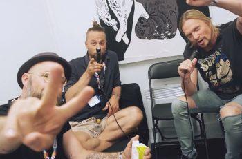 """KaaosTV:n haastattelussa managerin ja levy-yhtiön vaihtanut Von Hertzen Brothers """"Mutsi ei millään tavalla toivonut meistä muusikkoja"""""""