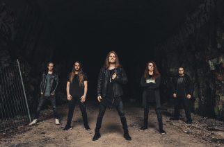 """Kotimainen metallilupaus Arion julkaisee uuden albumin lokakuussa: musiikkivideo """"At The Break Of Dawn"""" -kappaleesta katsottavissa"""