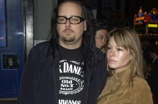 Kornin nokkamiehen Jonathan Davisin vaimo Deven Davis on kuollut