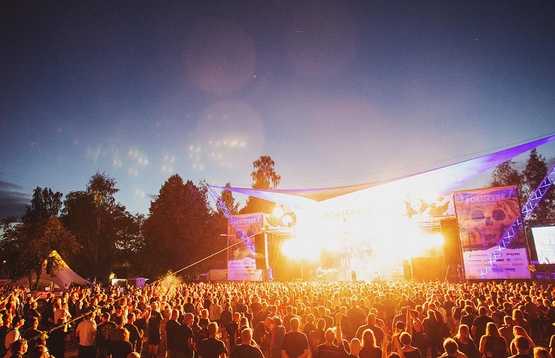 Hienosti sujunut Porispere teki tänä vuonna perjantain kävijäennätyksensä – Kirjurinluodossa viihtyi neljänä päivänä yhteensä 20 500 ihmistä