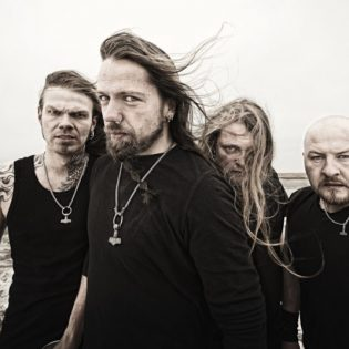 Týrin pitkäaikainen kitaristi Terji Skibenæs jättää yhtyeen
