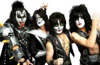 """Kissin Paul Stanley: """"Jäähyväiskiertueen settilista tulee käsittämään 25 kappaletta"""""""