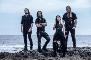 """Sirenia yhteistyöhön Beast In Blackin Yannis Papadopoulosin kanssa: kuuntele black metal -vaikutteinen """"Love Like Cyanide"""" -kappale"""