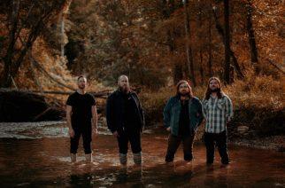 Progressiivista psykedeelistä metallia: Bask Season Of Mistille