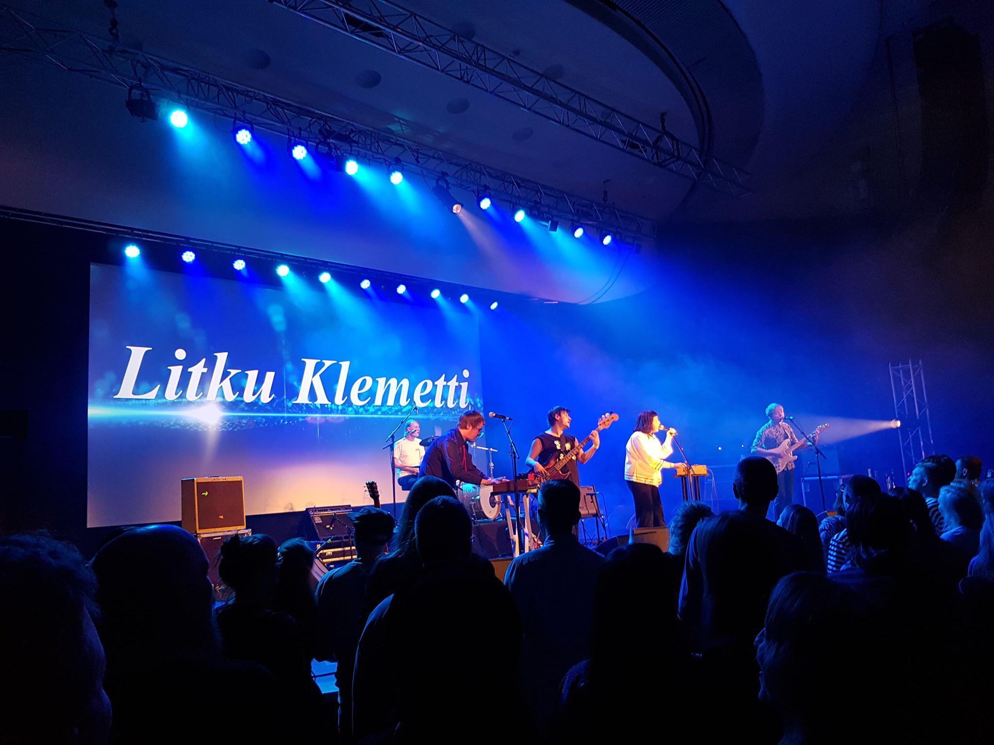 Litku Klemetin levyjulkkareita juhlitaan livestream-keikan muodossa vappuaattona