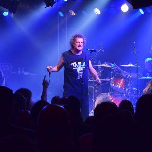 """Voivod julkaisi pätkän tulevalta livealbumiltaan: """"The Lost Machine"""" -kappaleen esitys katsottavissa"""