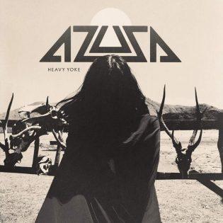 """Azusan kaoottinen ja iskevä metalli lumoaa ja kutkuttaa: arviossa """"Heavy Yoke"""""""