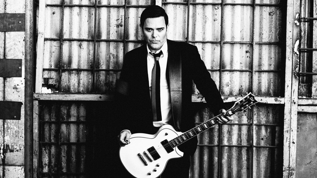 """Rammstein-kitaristi Richard Kruspen luotsaamalta Emigratelta uusi single """"You Can't Run Away"""""""