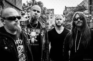 Turun ja Helsingin keikat ovat osa kiitellyn The Devil's Own -albumin liveturneeta