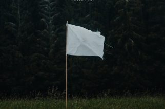 """Pirteää ja kesäistä pop rockia Ruotsista – arviossa Normandien toinen albumi """"White Flag"""""""