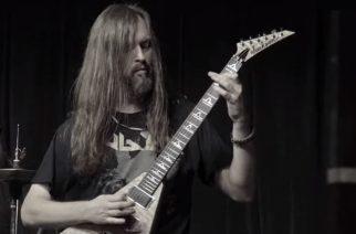 Fanit eivät sulata All That Remains -kitaristin kuolemaa: Syyttävät vaimoa Oli Herbertin taposta