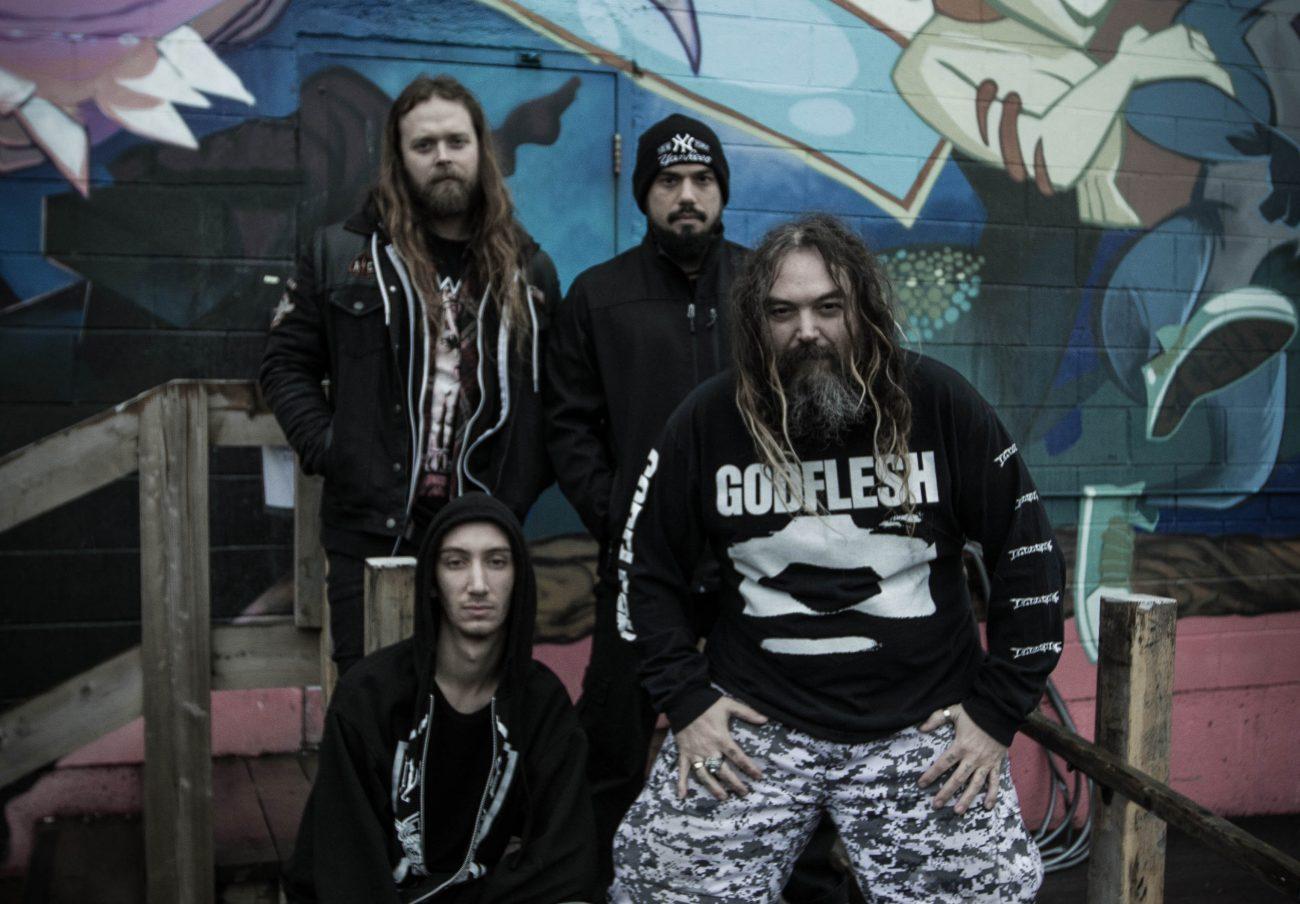 Uusi Soulfly-materiaali muistuttaa Max Cavaleraa vanhasta Entombedista ja Napalm Deathista