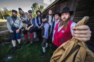 """Suomeen ensi viikolla saapuvalta folk metal -yhtye Trollfestilta musiikkivideo """"Fjøsnissens fjaseri"""" -kappaleesta"""