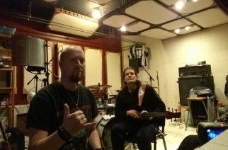 Existence Depravedilta debyyttikappale – takana duo Crystalicista