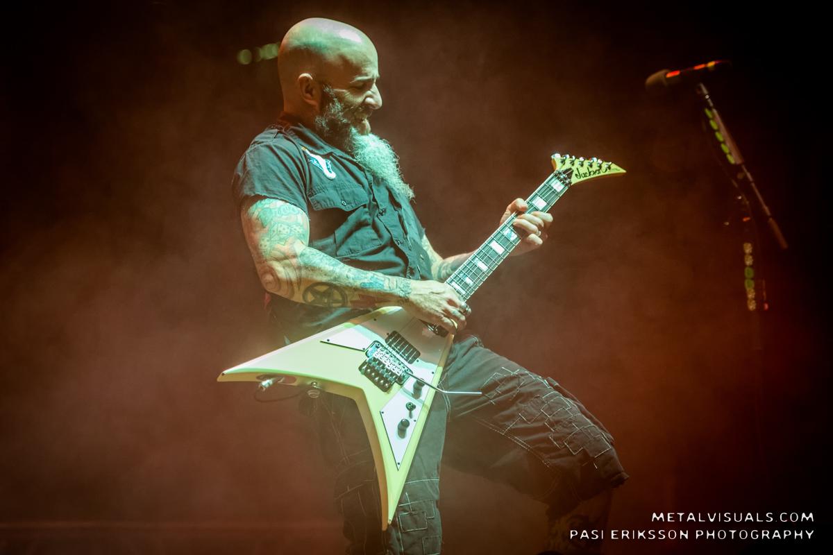 """Anthrax pohtii surullisenkuuluisaa """"Stomp 442"""" -albumiaan Anthrax 40 -videosarjansa uudessa jaksossa"""