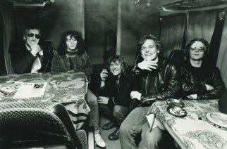 Eppu Normaalin alkuperäinen basisti sekä perustaja Mikko Saarela on kuollut (1959-2019)
