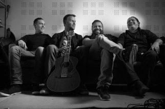 Suomalais-kanadalainen rockpumppu Forth julkaisi punk rock -versioinnin Elviksen klassikosta