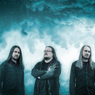 Tunnelmallista metallia esittävä Alase julkaisemassa debyyttialbumiaan kesäkuussa