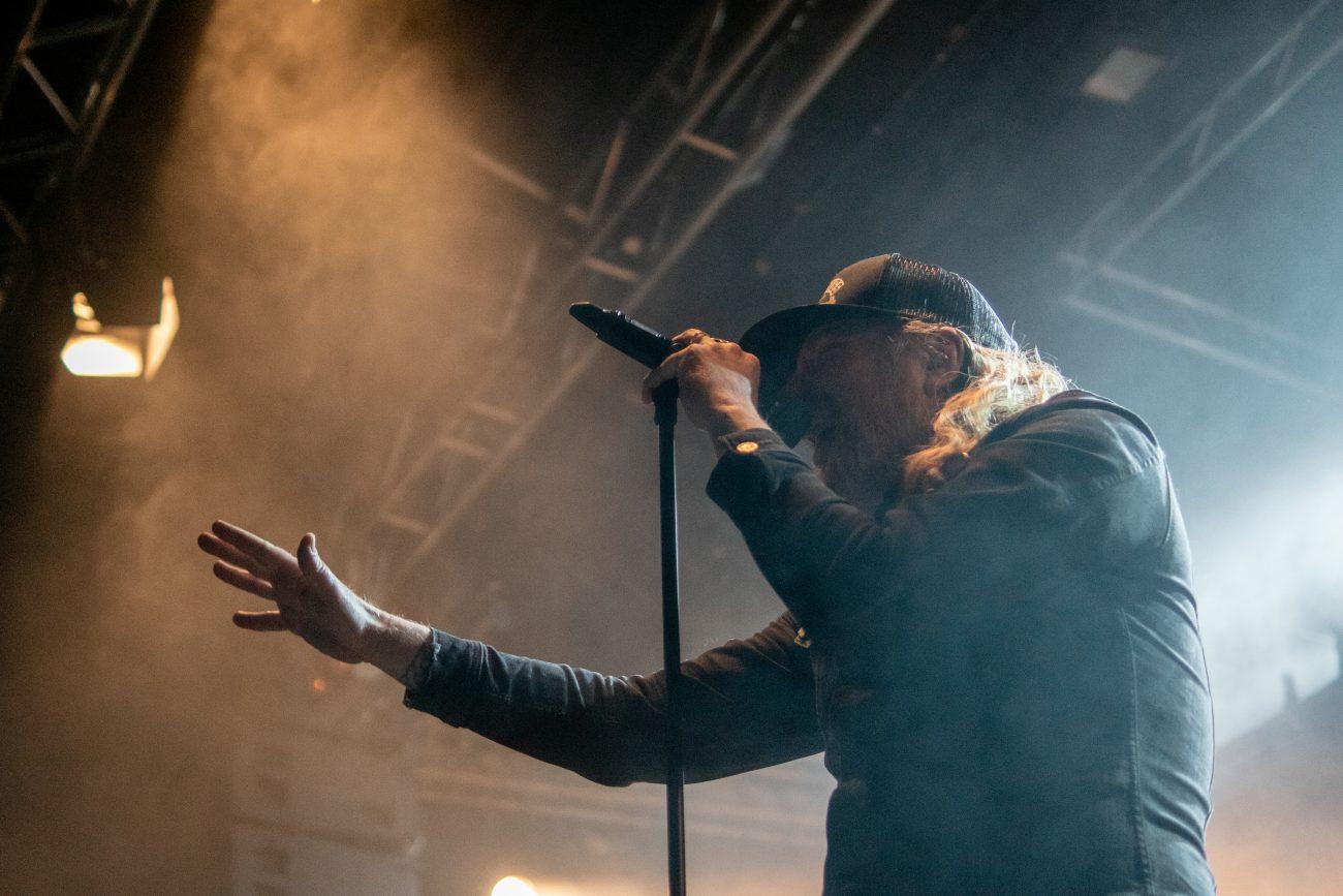 """Ruotsalaisen melodisen death metalin esi-isältä At The Gatesilta uusi albumi heinäkuussa: musiikkivideo """"Spectre Of Extinction"""" -kappaleesta katsottavissa"""