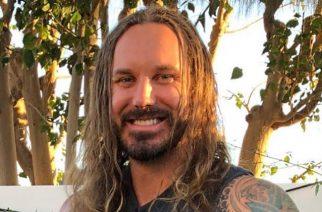 """As I Lay Dying -yhtyeen kitaristi Phil Sgrosso: """"Uskon, että ajan myötä ihmiset näkevät positiivisen muutoksen Timissä"""""""