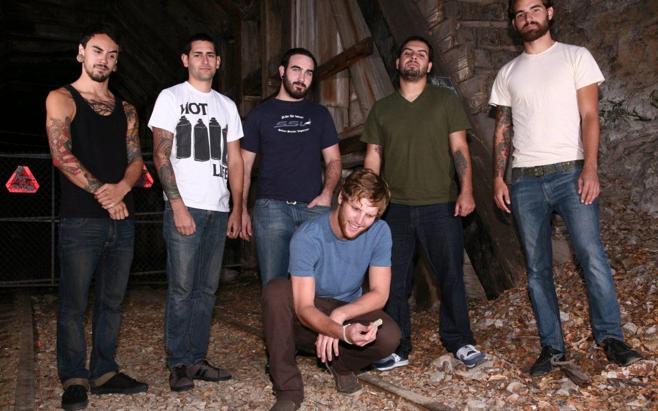 Kokeellinen deathcore-yhtye Arsonists Get All The Girls on tekemässä paluuta alkuperäisellä vokalistilla