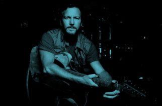 Pearl Jamin nokkamies Eddie Vedder kesäkuussa soolokeikoille Eurooppaan