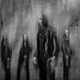 """Entisen Gorgoroth-nokkamies Gaahlin luotsaamalta Gaahl´s Wyrdilta kuunneltavissa uusi kappale """"Carving The Voices"""""""