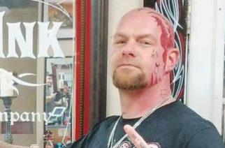 Five Finger Death Punchin Ivan Moody paljastaa tatuointiensa salat tuoreella videolla