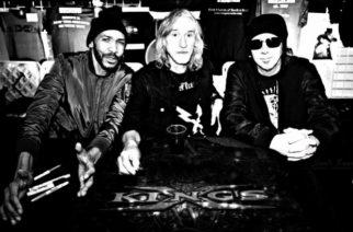 King's X studioon huhtikuussa nauhoittamaan tulevaa albumiaan