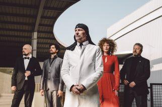 Tanssi Laibachin kanssa: 15 kappaletärppiä oman valtionsakin perustaneen taidekollektiivin Suomen esiintymisiin