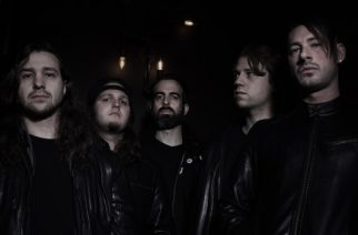 "Ex-The Dillinger Escape Planin rumpalin luotsaama Thoughtcrimes julkaisi uuden kappaleen ""Punk Rock Guilt"""