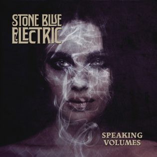 "Stone Blue Electric ei ole hosunut ""Speaking Volumes"" -albumillaan"