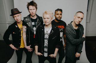 """Sum 41 julkaisi tunteellisen musiikkivideon balladiin """"Never There"""""""