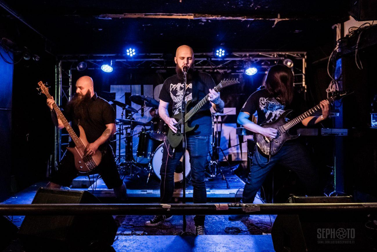 """Näin taipuu kotimaiselta death thrash -yhtye Tyrant Disciplelta Death: kuuntele bändin coverointi """"Crystal Mountain"""" -kappaleesta"""