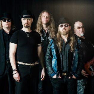 """Gentle Savage julkaisi hypnoottisen musiikkivideon kappaleeseensa """"Karelian Magic"""""""